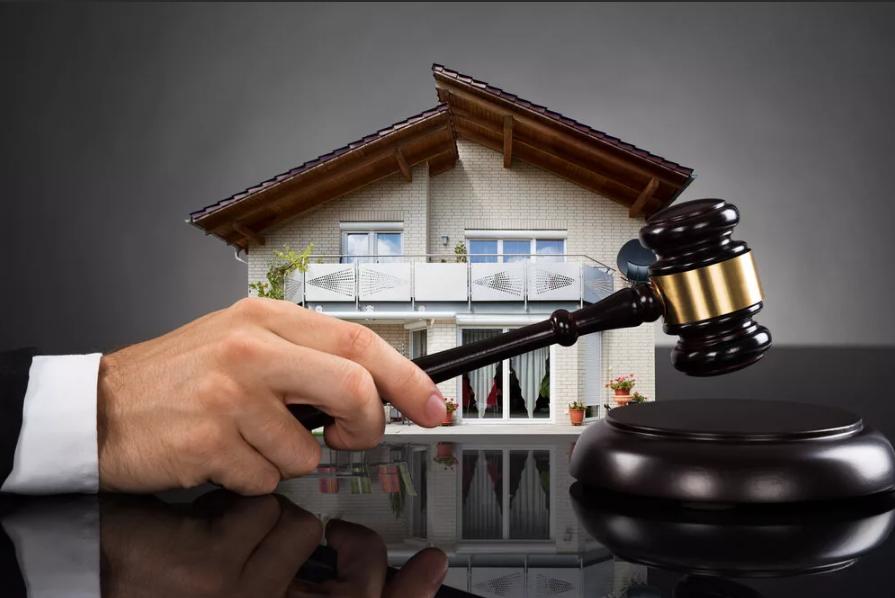 Заберут ли квартиру при банкротстве?